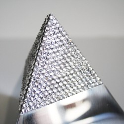 Relicario-hecho-con-Swarovski®-Elements-CRYSTAL-PYRAMID-KEEPSAKE-4